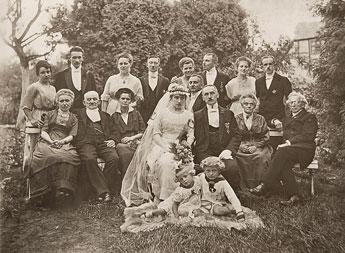 8-Hochzeitsgesellschaft