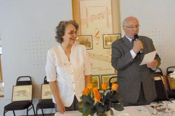 Frau Inge Wilhelm und Herr Hans-Dieter Winkler berichten über die Arbeit des vergangenen Jahres