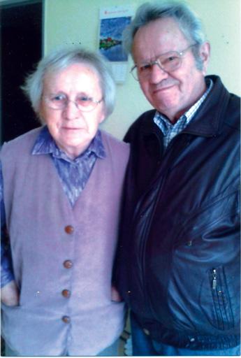 Erhard Winter und Schwester Elfriede, 23. Oktober 2014. Elfriede geb. Winter, lebt im Heim.